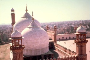 Image from Archnet, Lahore collection