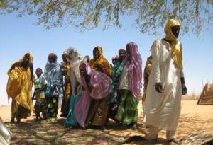 Many young male adults have left their villages in search of subsistance means after the poor raining season in 2009 prevented them from harvesting. In the village of Garin Dagabi, north of Tanout in Southern Niger, the population at the beginning of 2010 was mainly made of old people, women and children. Photo: © Anne Isabelle Leclercq/IRIN
